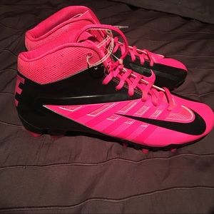 New Men's pink Nike FootBall Cleats size 9